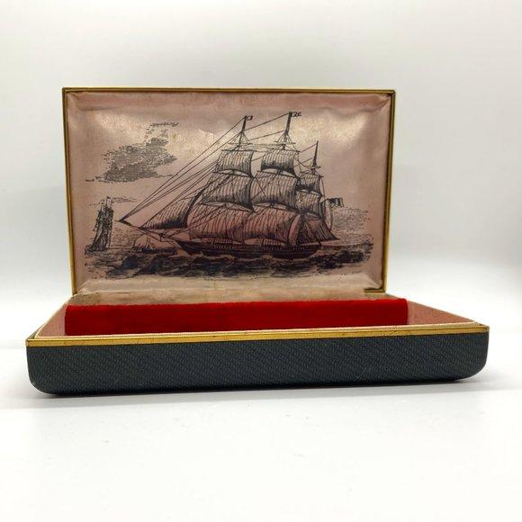 VINTAGE Farrington Made in USA Jewelry Box